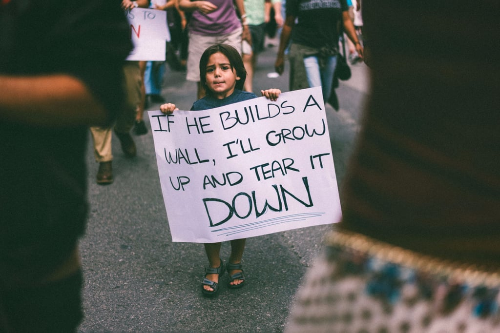 Young Protestor's Mexico Wall Sign Viral Photo