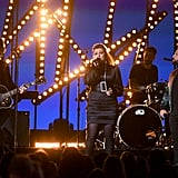 Kelly Clarkson and Dan and Shay ACM Awards Performance Video