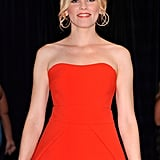 Elizabeth Banks showed off her incredible figure in a red dress.