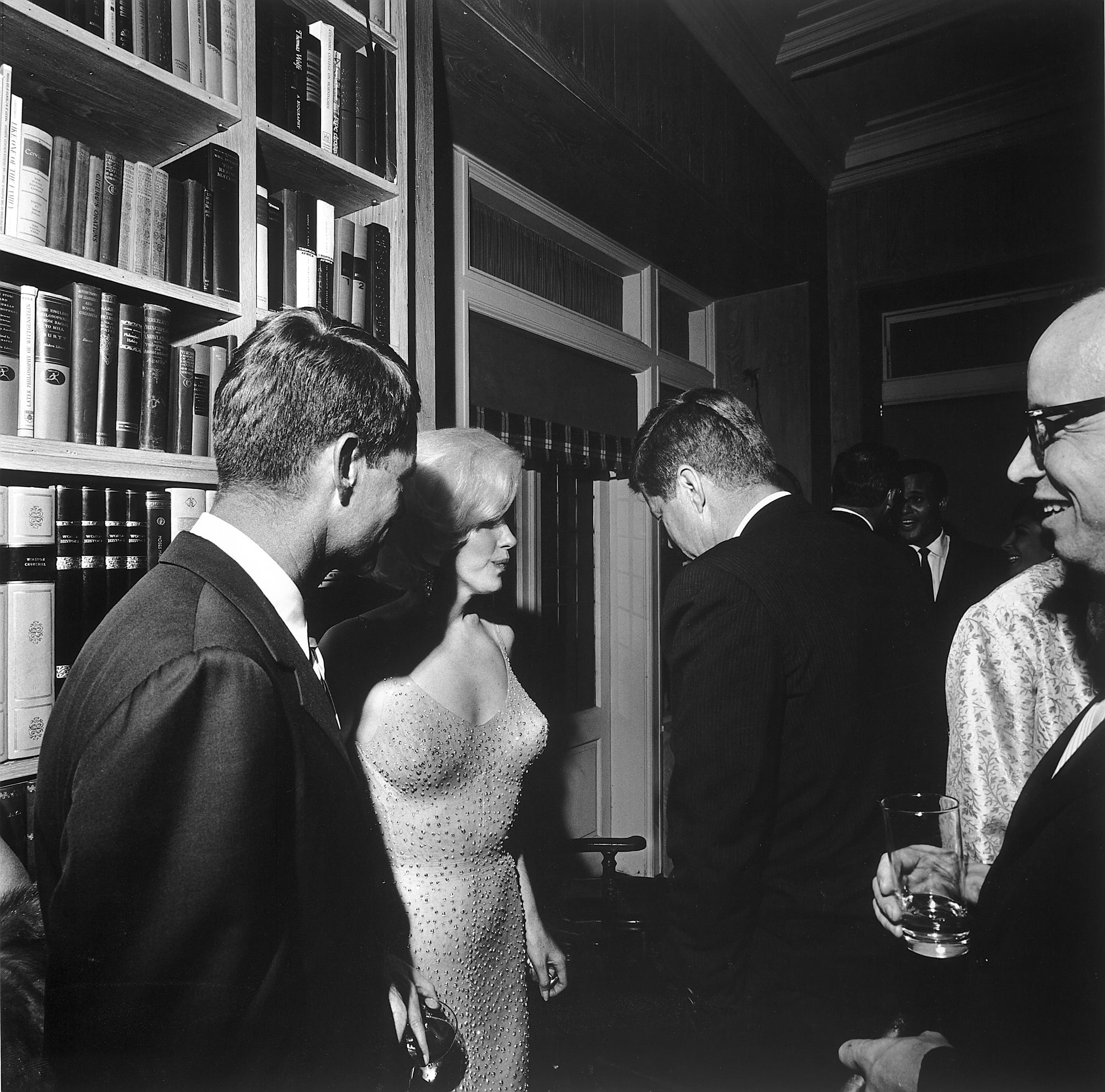 "The Details of JFK's ""Affair"" With Marilyn Monroe Are Way More Chill Than We've Been Told"