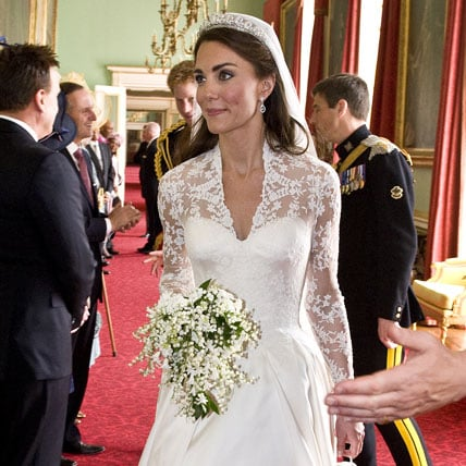 Pictures Of Kate Middleton And Prince Williams Royal Wedding Cake