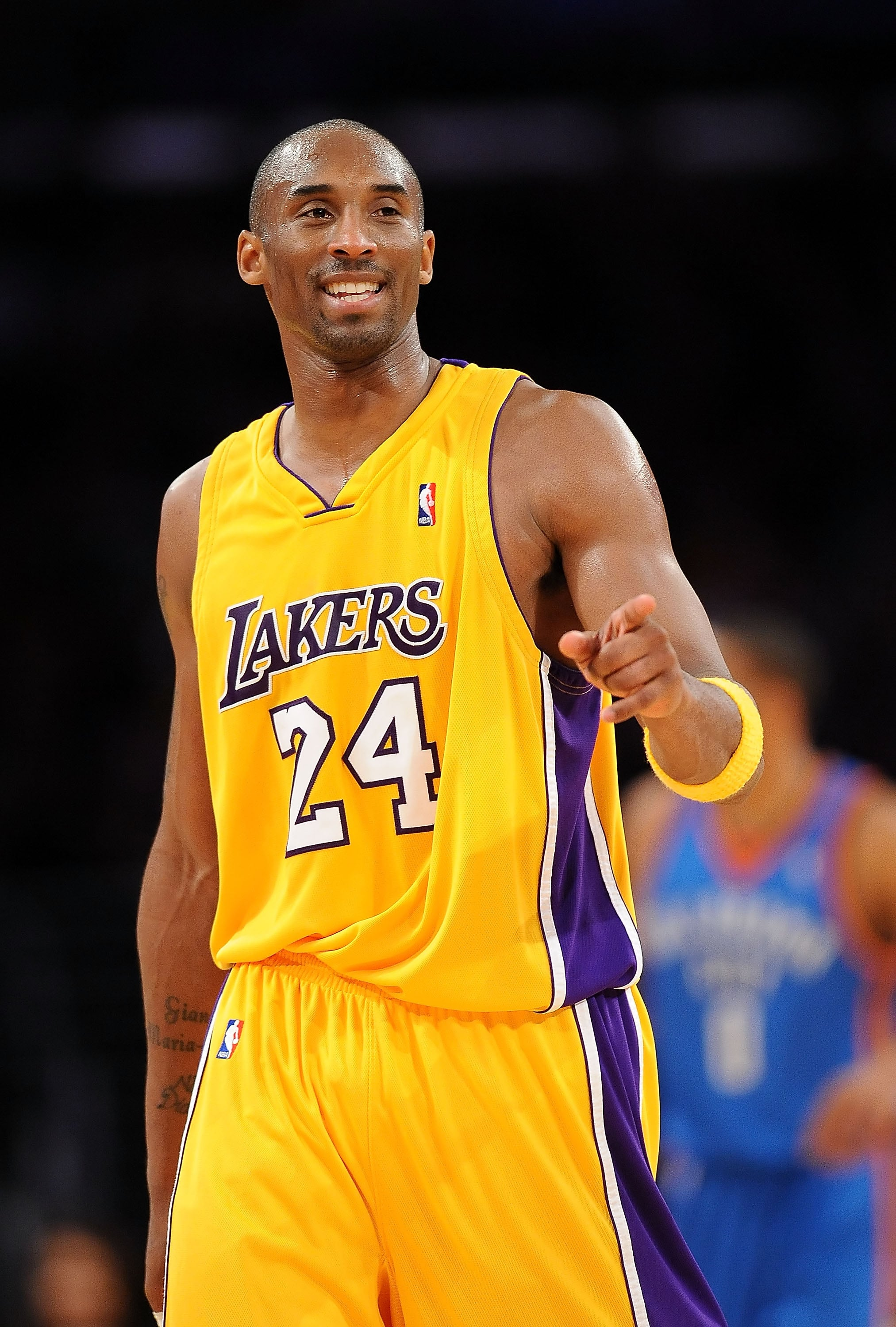 LOS ANGELES, CA - DECEMBER 22:  Kobe Bryant #24 of the Los Angeles Lakers celebrates during the game against the Oklahoma City Thunder at Staples Centre on December 22, 2009 in Los Angeles, California. NOTE TO USER: User expressly acknowledges and agrees that, by downloading and or using this photograph, User is consenting to the terms and conditions of the Getty Images Licence Agreement.  (Photo by Lisa Blumenfeld/Getty Images)