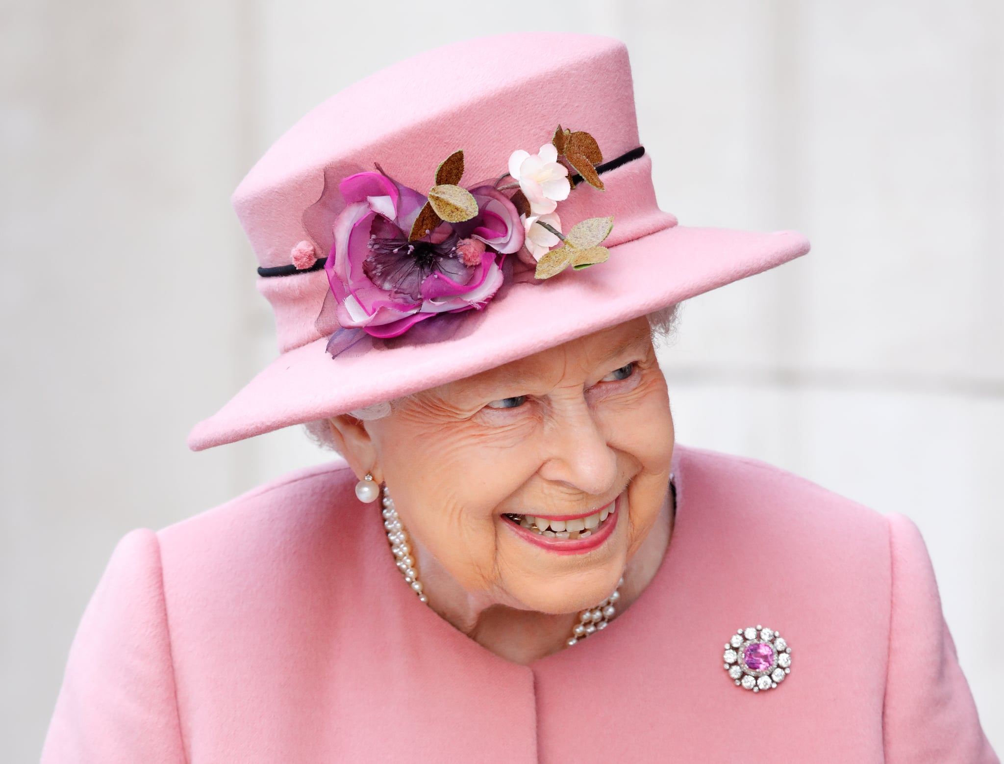 LONDON, UNITED KINGDOM - MARCH 19: (EMBARGOED FOR PUBLICATION IN UK NEWSPAPERS UNTIL 24 HOURS AFTER CREATE DATE AND TIME) Queen Elizabeth II visits King's College London to officially open Bush House, the latest education and learning facilities on the Strand Campus on March 19, 2019 in London, England. (Photo by Max Mumby/Indigo/Getty Images)