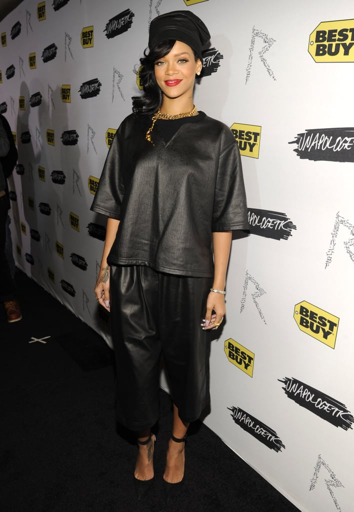 For the NYC stop on her 777 tour, Rihanna chose a leather Damir Doma set and bold red lip.