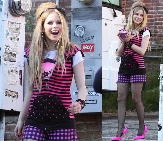 Avril Lavigne Loves Chocolates