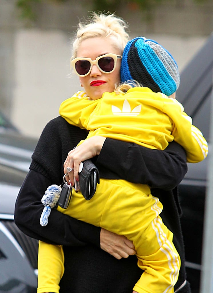 Gwen Stefani held Zuma Rossdale as they walked to breakfast in LA.