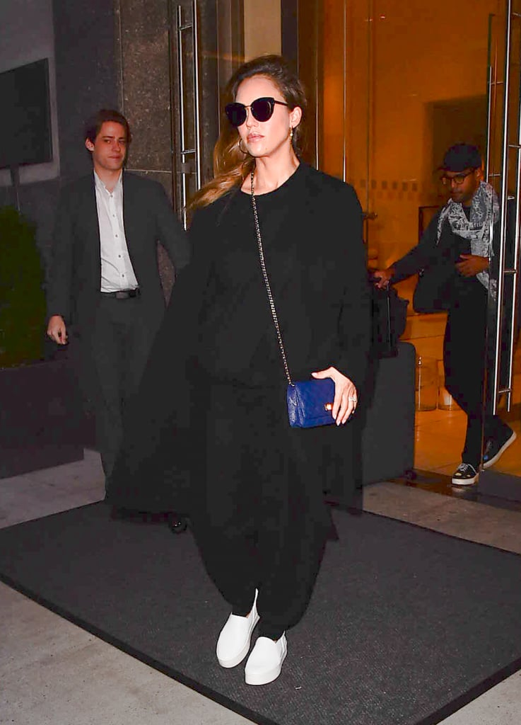c3df257fce78 Jessica Alba Maternity Style 2017 | POPSUGAR Fashion Australia