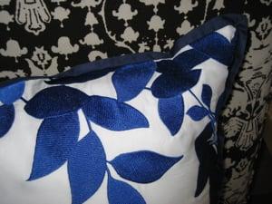 Casa Beta: Bliss Living Pillow