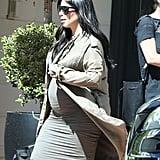 Kim Kardashian Baby Bump in LA Pictures August 2015