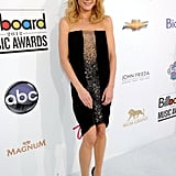Modern Family's Julie Bowen donned a column-style strapless Doo.Ri dress, but the coolest part? That eye-catching sequin front panel.