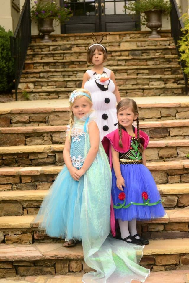 Anna Elsa And Olaf Costumes  sc 1 st  Popsugar & Anna Elsa And Olaf Costumes | Kidsu0027 Group Halloween Costume Ideas ...