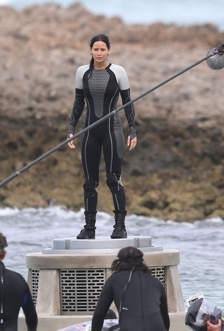 Jennifer Lawrence on the set of Catching Fire. | The ...