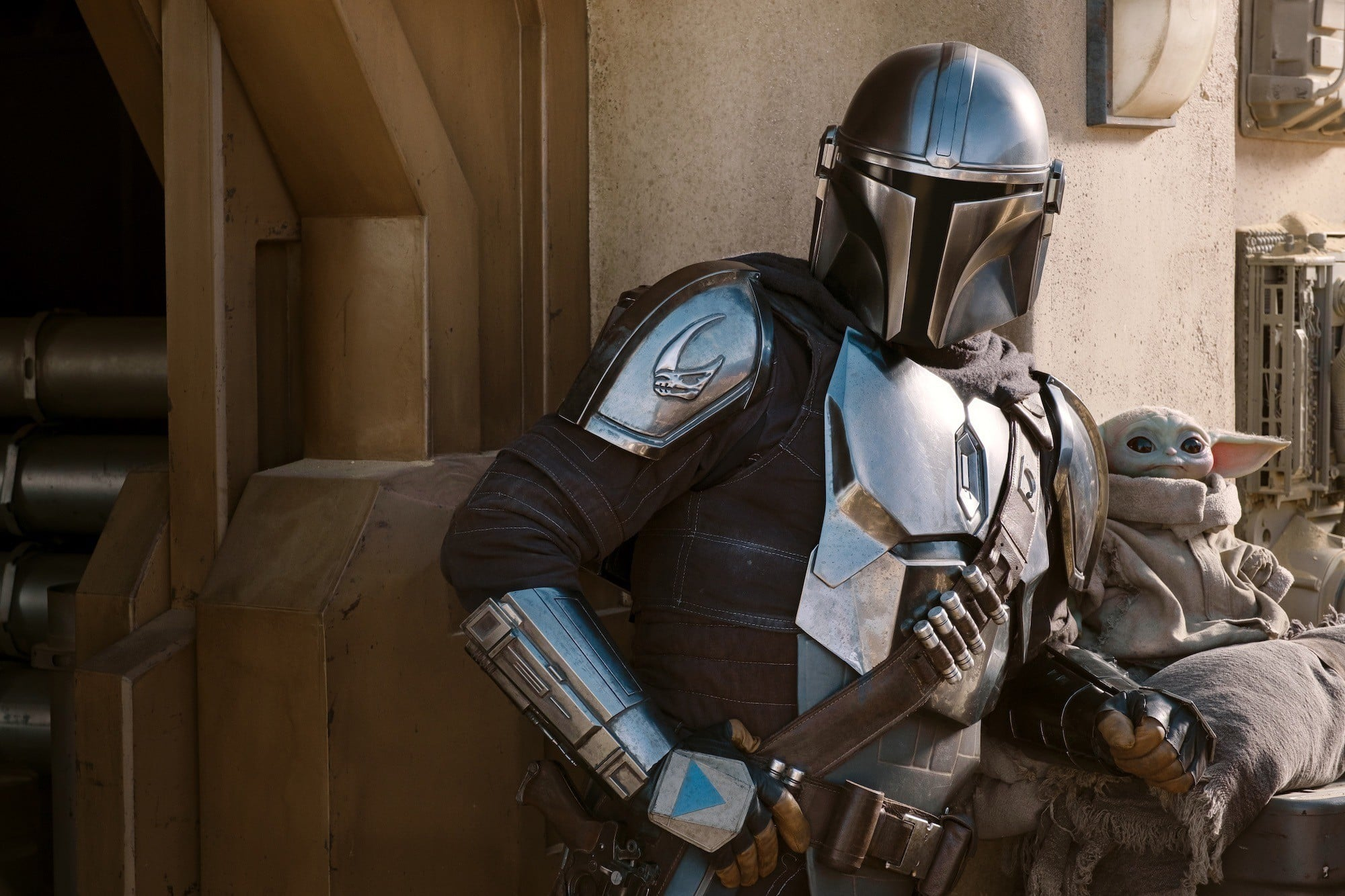 THE MANDALORIAN, from left: Pedro Pascal (as The Mandalorian), The Child (aka Baby Yoda), (Season 2, premiered Oct. 30, 2020). photo: Disney+/Lucasfilm / Courtesy Everett Collection
