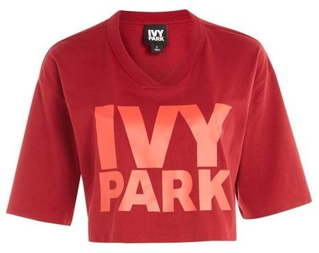 f1e418b3 Ivy Park Logo V-Neck Crop T-Shirt | Best Fitness Gifts | POPSUGAR ...