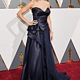 When Sofia Vergara Stunned on the Oscars Red Carpet (Sadly, Without Joe) . . .