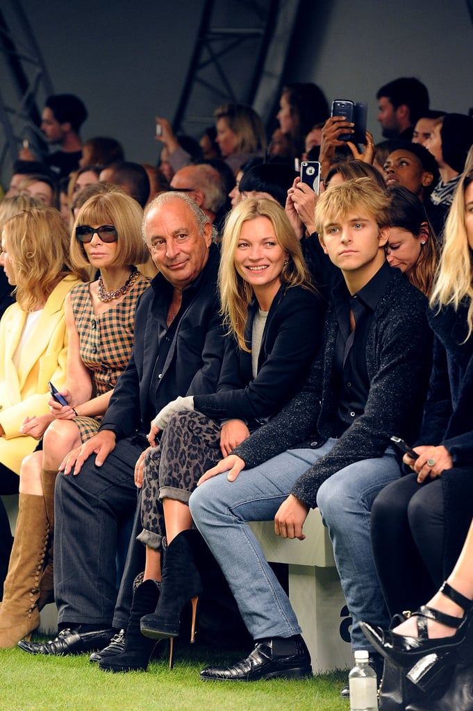 Kate Moss sat near Anna Wintour at the Unique show.