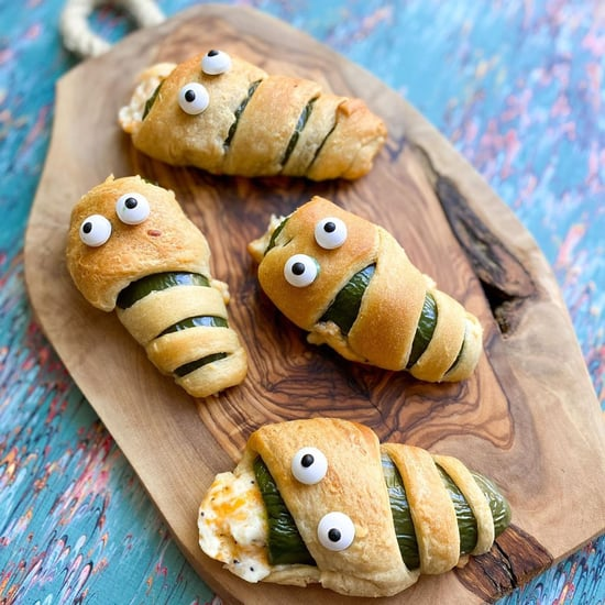 Halloween Mummy Jalapeño Poppers Recipe
