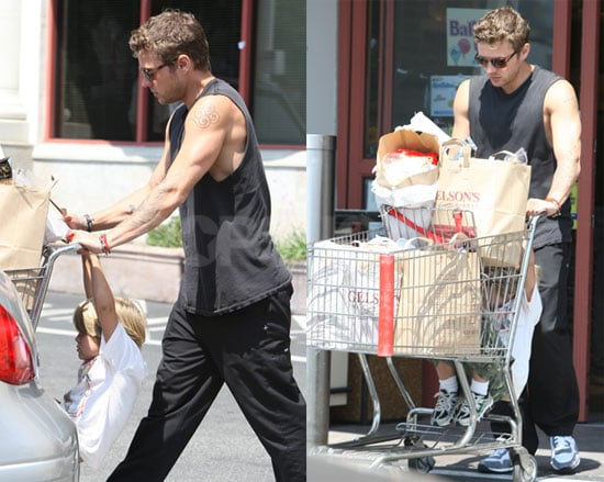 Photos of Ryan and Deacon Phillippe Getting Groceries in LA