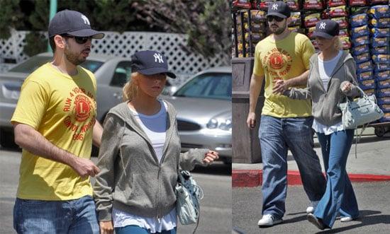 Christina & Jordan Are Back To Comfy Basics
