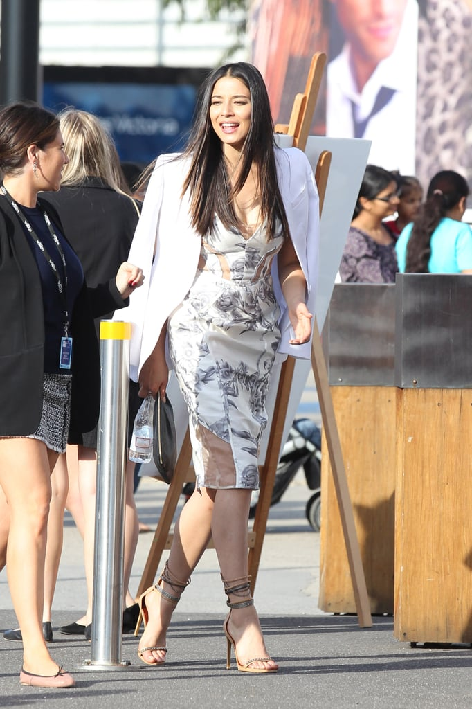 Jessica Gomes looked chic whilst dashing to a show. Major love for her Isabel Marant ankle strap heels.