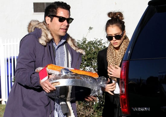 Jessica Alba, husband Cash Warren and daughter Honor spend Thanksgiving with her family