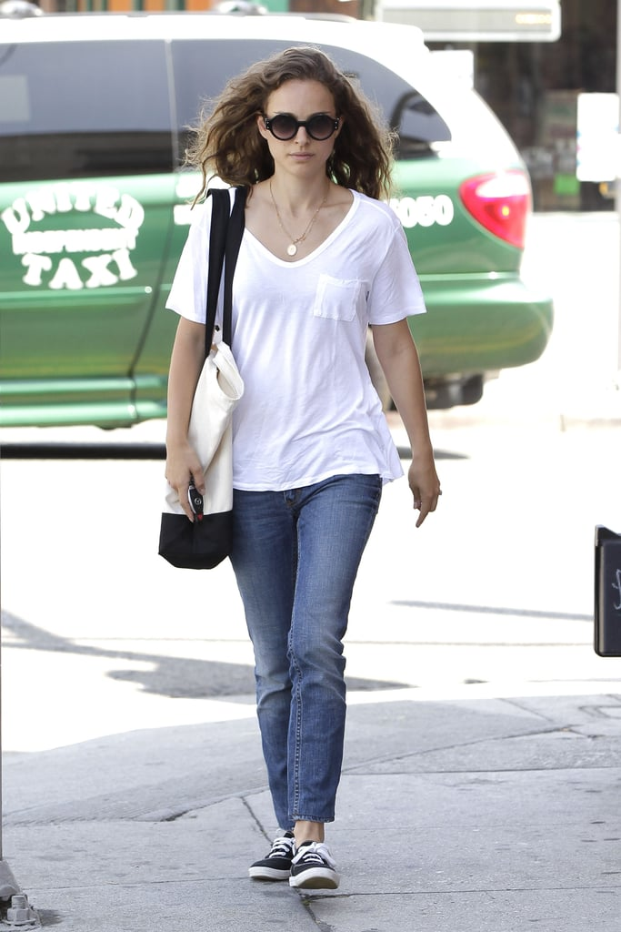 Natalie Portman headed back to her car after breakfast in LA yesterday. She's in California after a quick trip away. Just last week, Natalie and her son, Alelph, went to NYC with dad Benjamin Millepied and their family dog, Whiz. Their Summer has also included some international travel. Natalie, Benjamin, and Aleph spent time in France, Benjamin's home country. Now Natalie's all about movie-making. She has multiple films currently in production, including Knight of Cups and her Thor sequel, Thor: The Dark World.