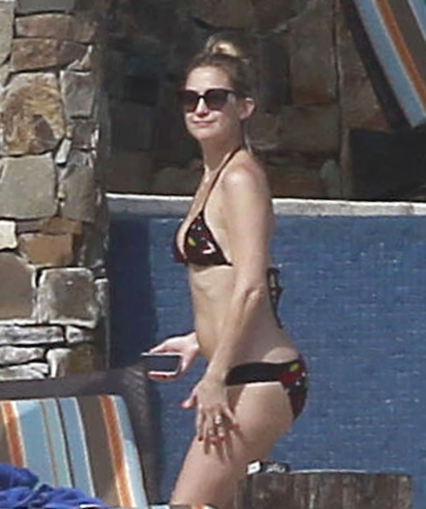 In February 2012, Kate looked fantastic in her printed two-piece while in Cabo with ex-fiancé Matthew Bellamy.