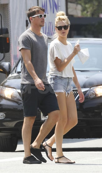 Josh Hartnett and Sophia Lie Walking in NYC Pictures