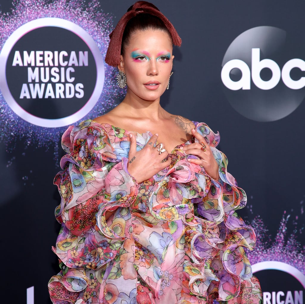 Halsey's Floral Gown at the American Music Awards 2019