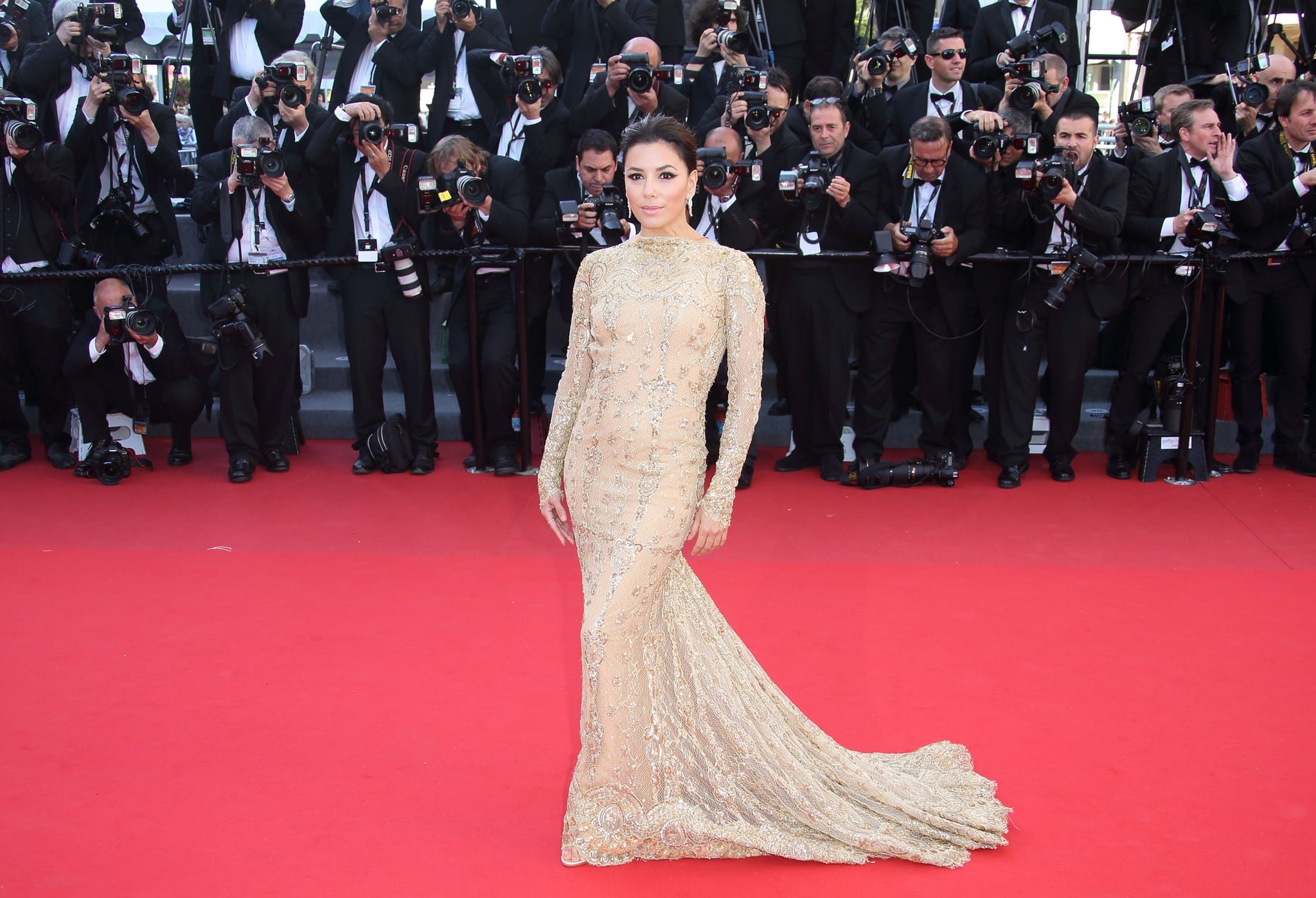 Eva Longoria brought the drama to the Cannes premiere of Le Passe in her Zuhair Murad Couture gown.