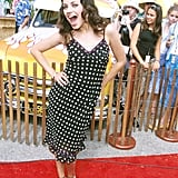 Mila Kunis had fun on the red carpet of the 2000 Teen Choice Awards.