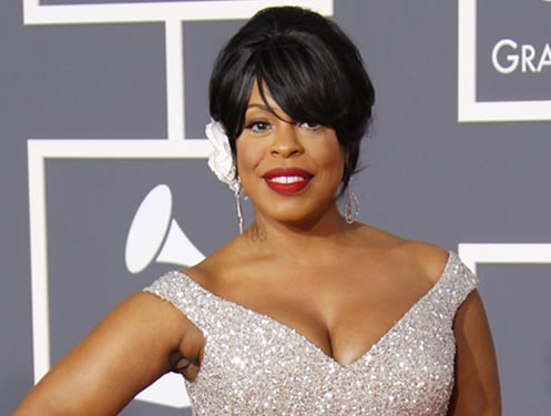 Niecy Nash Loves Her Jiggly Parts
