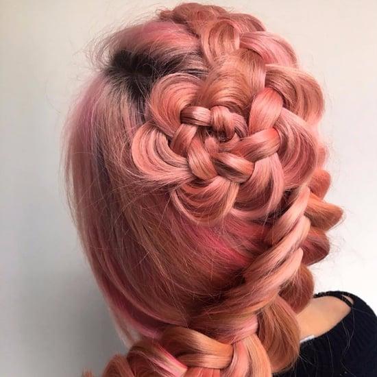 Blumen-Zöpfe und floral geflochtene Haare