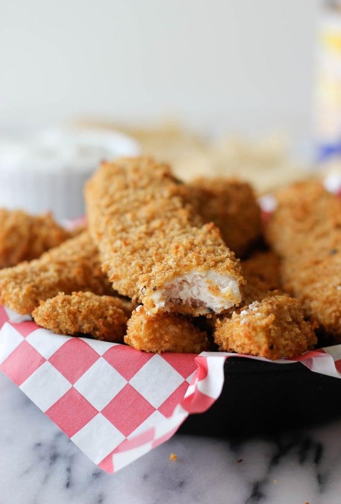 Chicken Tenders With Greek Yogurt Dip