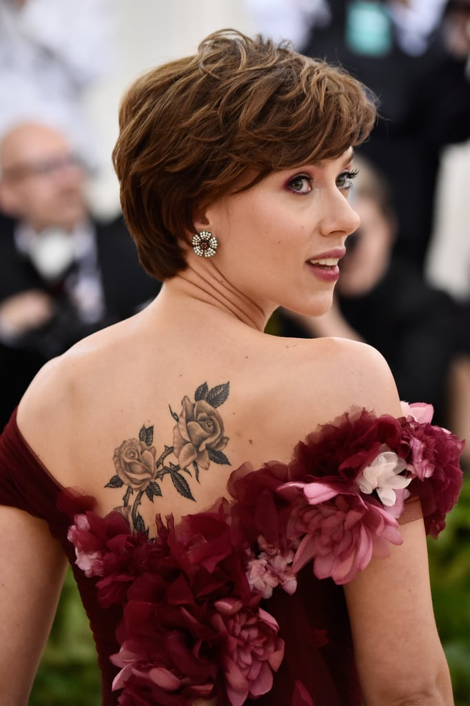 Scarlett Johansson's Back Tattoo | POPSUGAR Celebrity UK ...