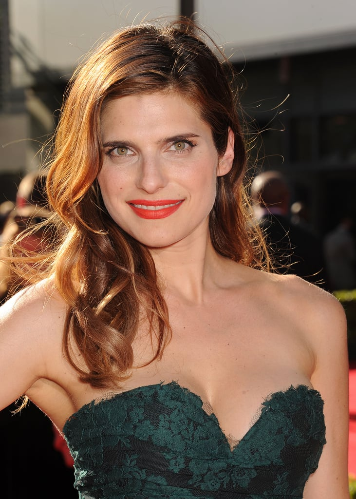 Lake Bell was another star who wore the over-the-shoulder look on the red carpet last night. She complemented her classic hairstyle with a modern tangerine lip hue, Chanel's Luminous Matte Lip Colour in La Favourite.