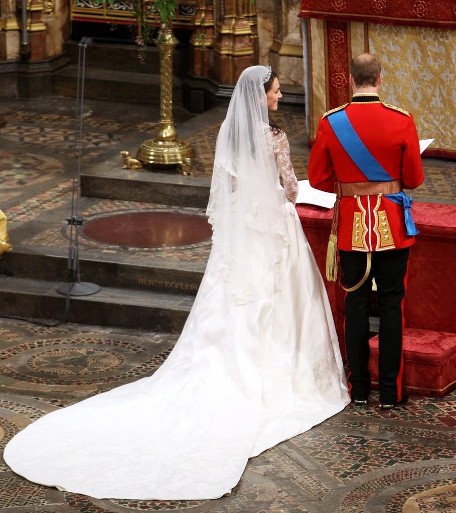 Plus Size Victorian Wedding Dresses 44 Superb