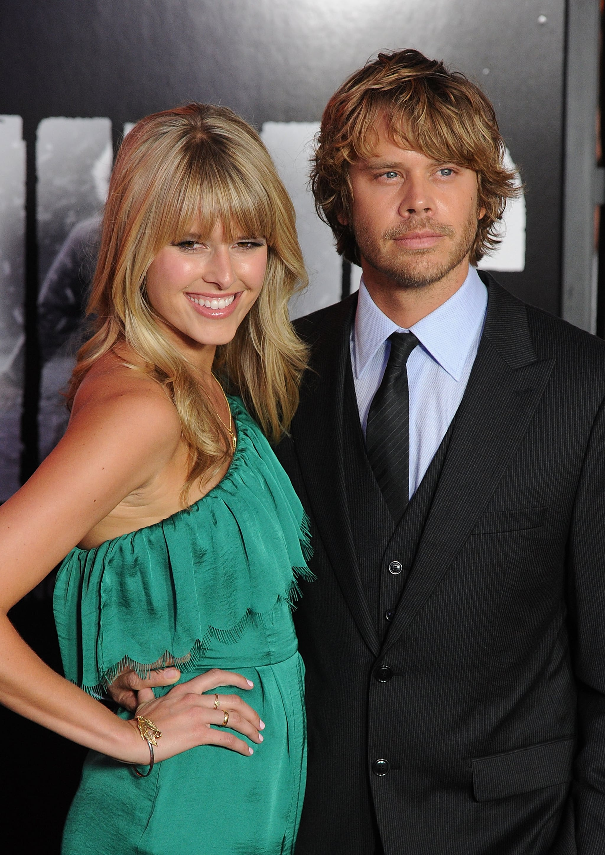 Sarah Wright and Eric Christian Olsen posed together at the LA premiere of The Thing.