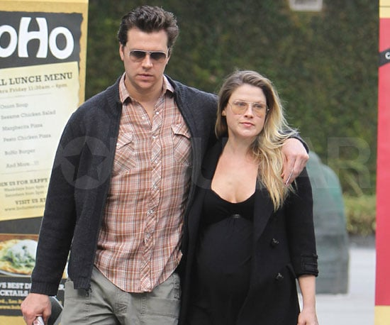 Slide Picture of Pregnant Ali Larter