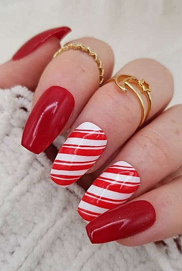 Find Your Holiday Manicure Based on Your Zodiac Sign