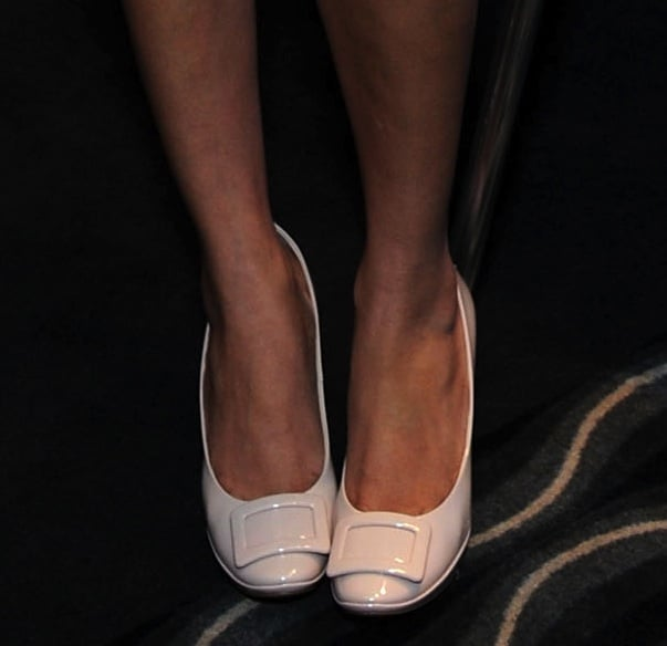 A close-up of Freida's neutral Roger Vivier pumps in LA.