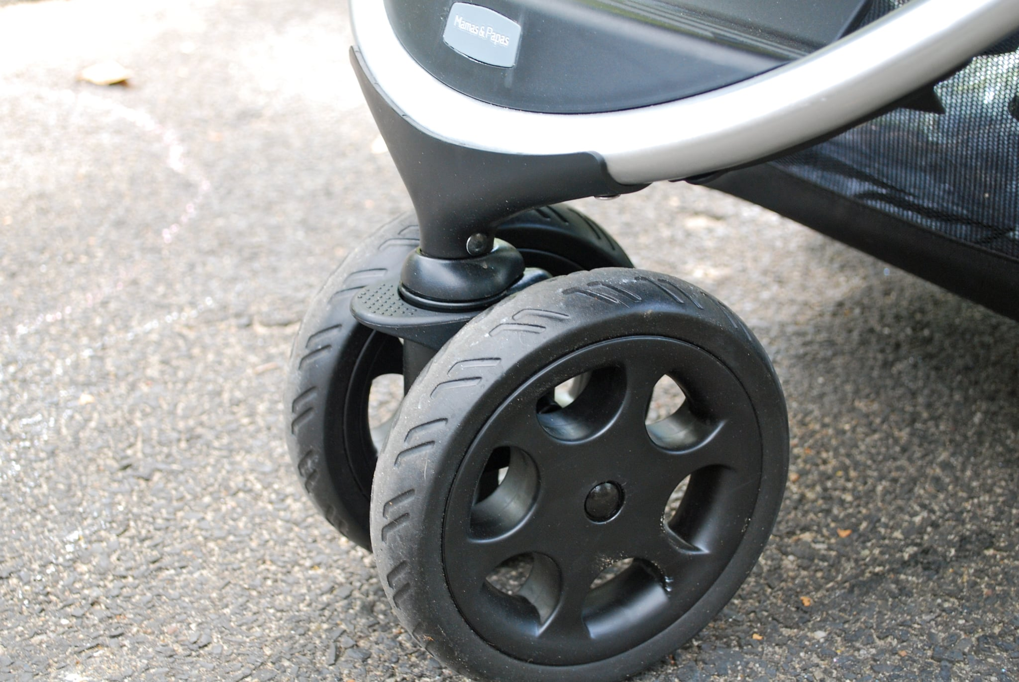 Lockable Front Swivel Wheels