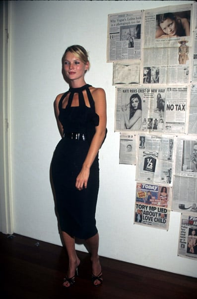 1998: Kate Moss photo exhibit