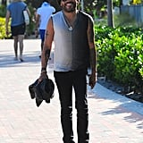 Lenny Kravitz was the guy on fire over the weekend, flashing a smile during a stroll.