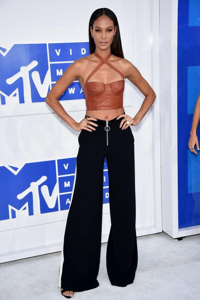 Joan Smalls at the 2016 MTV Video Music Awards