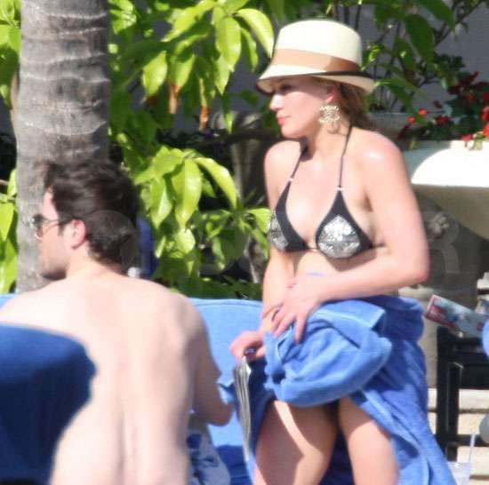 Hilary Duff and Mike Comrie at the Bahamas