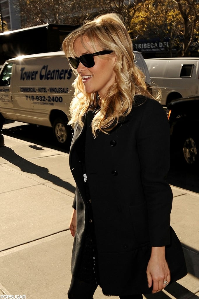 Reese Witherspoon curled her blond locks.