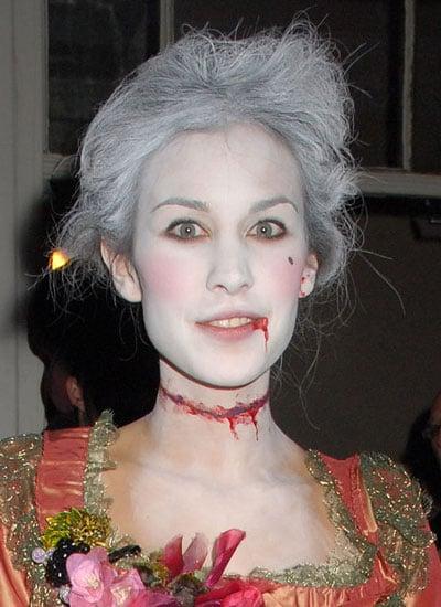 October 2008: Dressing Up for Halloween