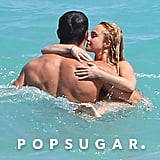 Hayden Panettiere kissed Wladimir Klitschko in the ocean.