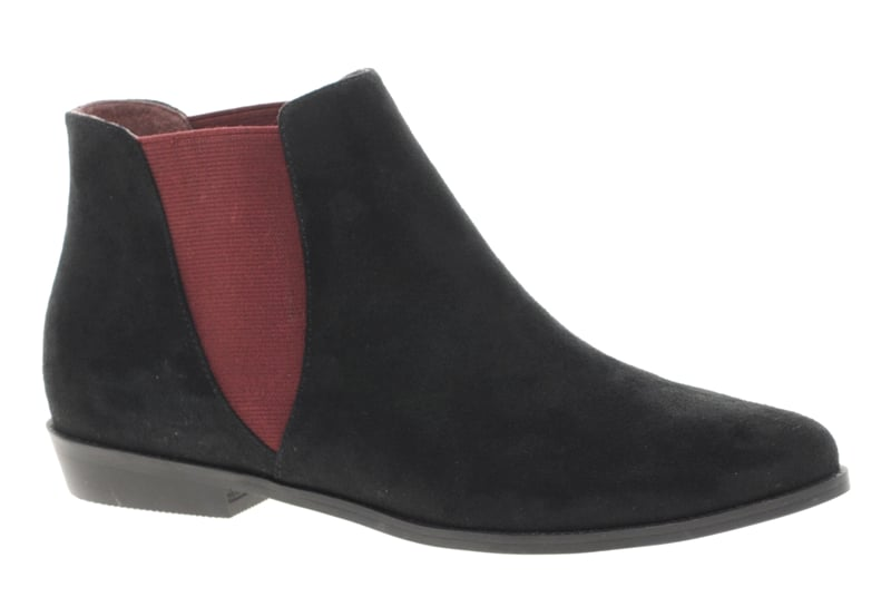 The Chelsea Boot